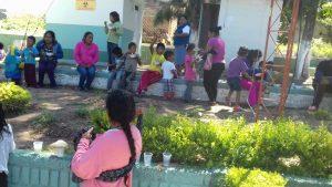 Niñas y niños de la Col. 20 de Noviembre en Sinaxtla