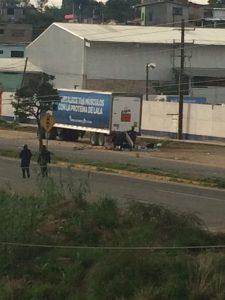 Policías atacan en crucero de Hacienda Blanca
